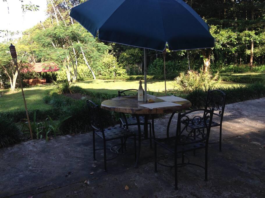 Terraza para desayuno en estación seca
