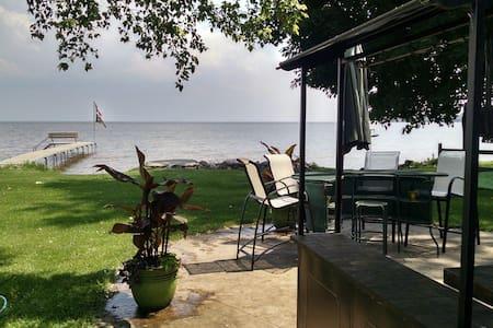 Lake Life - Dům