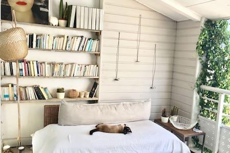 Chambre dans Duplex Arty au cœur de Saint-Pierre - Saint-Pierre - Apartament