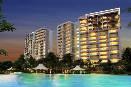 Elegant Beach Front Apartment - Klang - Appartement