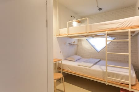 Private room for 2 or 3 persons - Yongdam-ro, Jeju-si - Bed & Breakfast