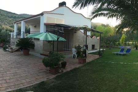 Villa sul Gargano - Villa