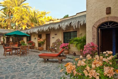Cabana studio in town of Loreto