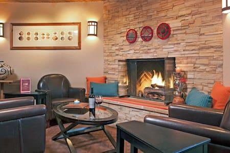 Charming 2 Queen Room at the Inn-C - Santa Fe - Bed & Breakfast