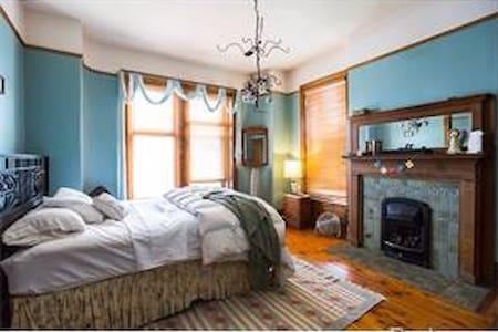 Deluxe master bedroom