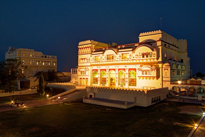 16 Luxurious Properties In Rajasthan That Will Make You Feel Like Royalty
