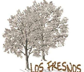 CASA VACACIONAL LOS FRESNOS - Casa