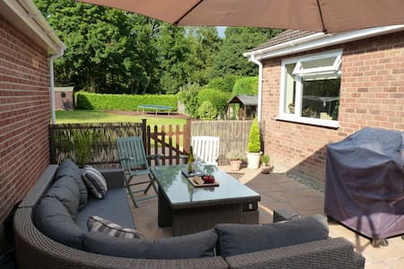 Perfect base to explore beautiful Norfolk - Beetley - Bungalow