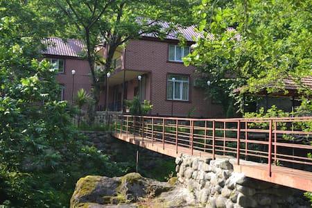 Сдается дом в Тхилнари в аренду - Tkhilnari - Dům