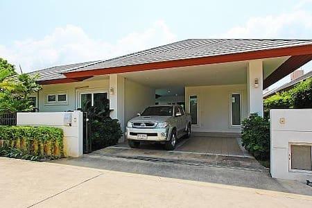 Rossawan Pool Villa - 3 Bed - 3BR Condo #28891242 - Pattaya - Andere