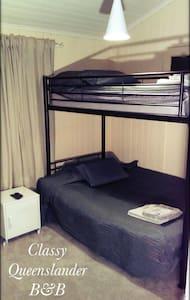 Castle bed, single mat + double mat - Herston