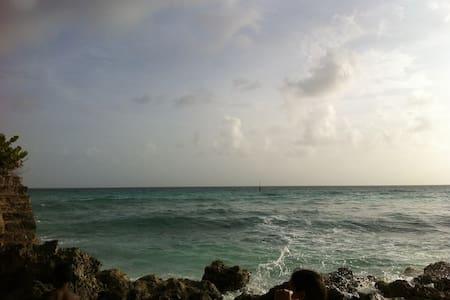 Barbados Prime Modern Paradise - Oistins