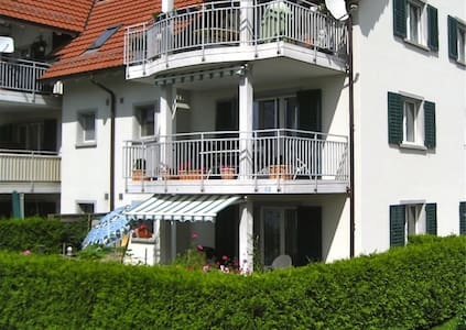 Appartement with Garden, 2 parking - Eglisau