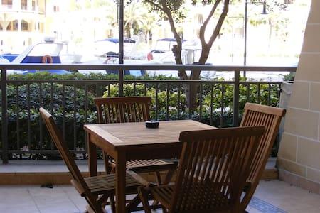 Portomaso : Marina View Apartment - St Julian's - Flat