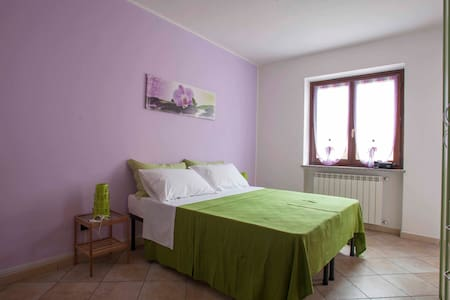 Room Orchidea with shared bathroom - Bed & Breakfast