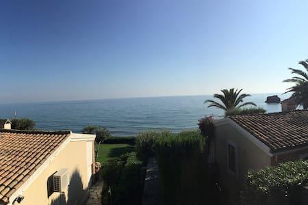 Corfu Glyfada family beach house! - Κέρκυρα