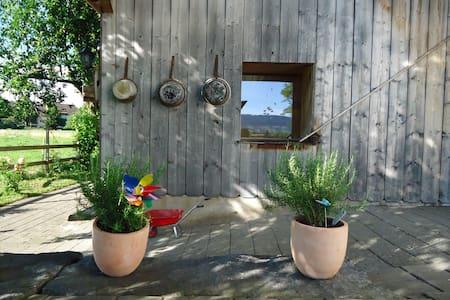 Herziges Studio im Landhausstil - Apartment