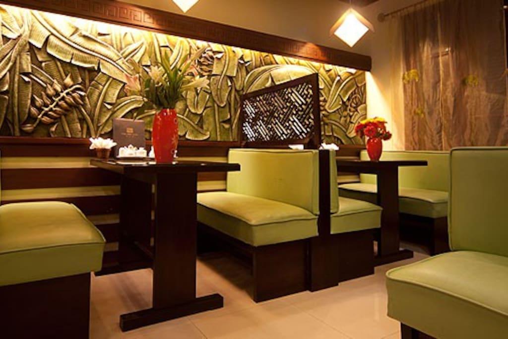 Honeymoon suite in Central Hanoi
