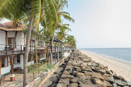 36 Palms Sea View - Vypin