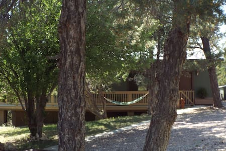 Elk Ridge Lodges: The Green Cabin - Heber-Overgaard - Chalet