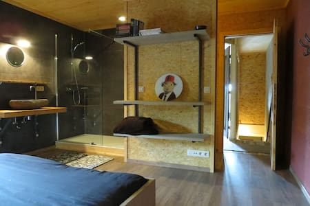 ROOM 16 - Rendeux - Haus