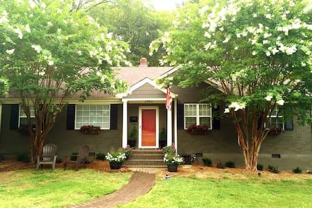 Charming 3Bdrm Home in East Memphis - Memphis