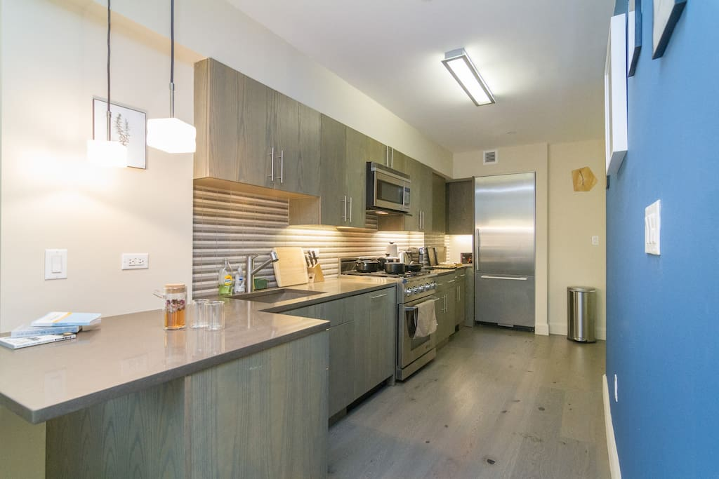 Walk to the farmers' market and make yourself a gourmet meal in the large fully equipped kitchen
