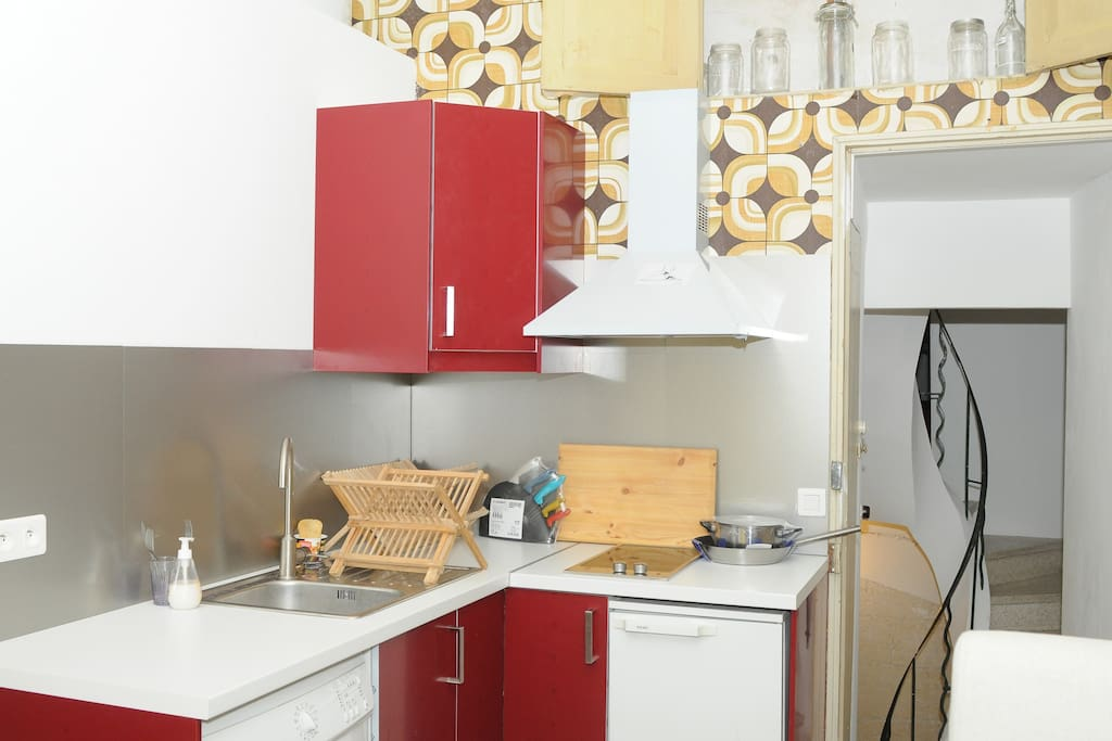 Equipped Kitchen, washing machine