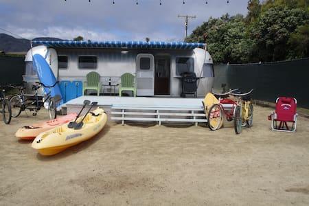Zuma Beach, Malibu Air Stream Dream - Lakókocsi/lakóautó