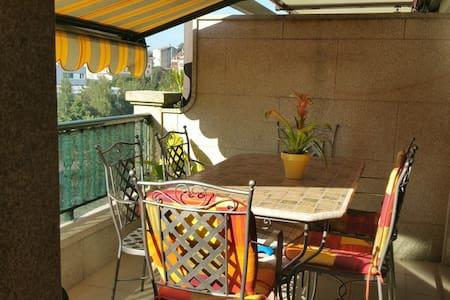 Atico con dos terrazas y vistas, céntrico - Helt våningsplan