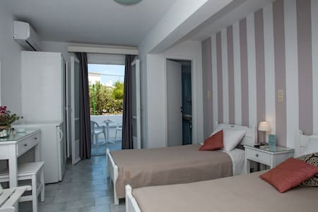 Perivoli 5 Rooms & Apartments - 4th
