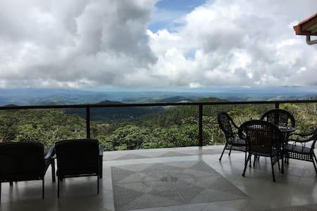 Majestic Mountain Retreat - Pacific View - Dům