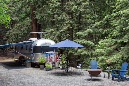 Santa Cruz Redwood Retreat - Lakókocsi/lakóautó