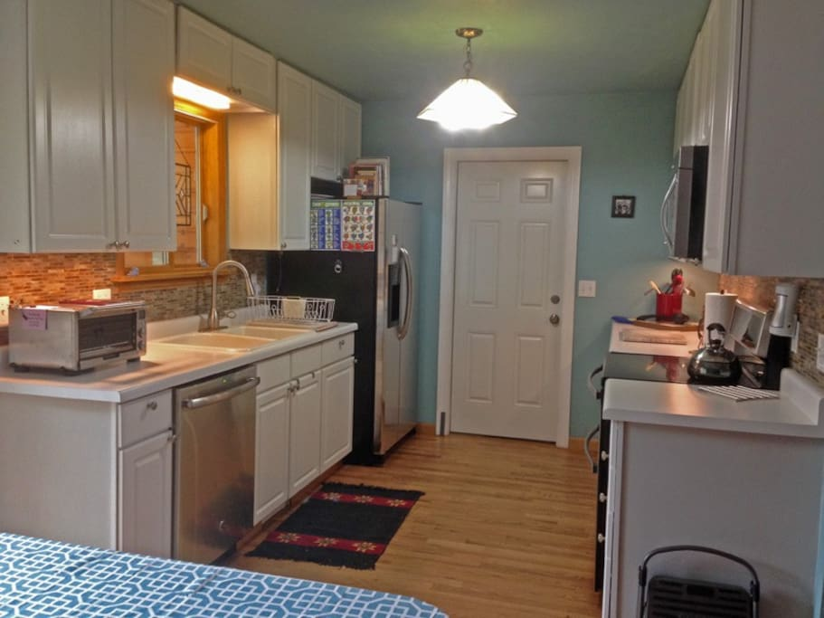 Kitchen, stainless appliances, induction cooktop, double oven, all small appliances & tools