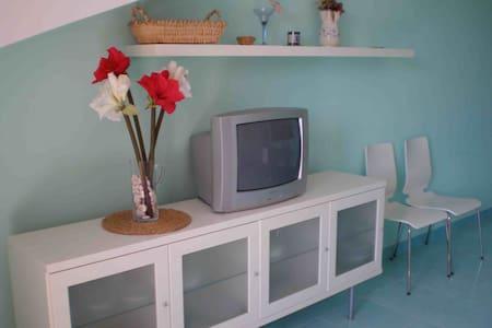 apartment near eucalyptus forest - Foce Varano - Apartment