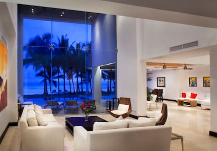 Casa Del Mar: 113561