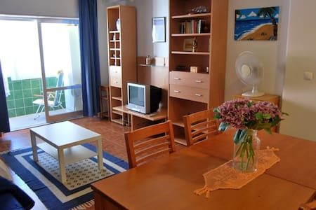 1 Bedroom Apart in the Lisbon Coast - Byt