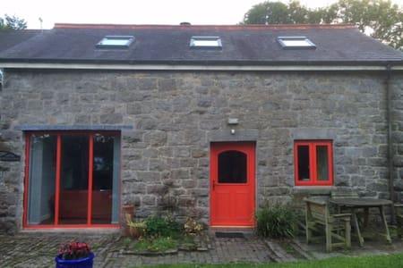 Coach House - Rhosesmor - N Wales - Bungalow