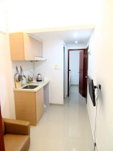 Budget 2 room apt for 4 pax,13F