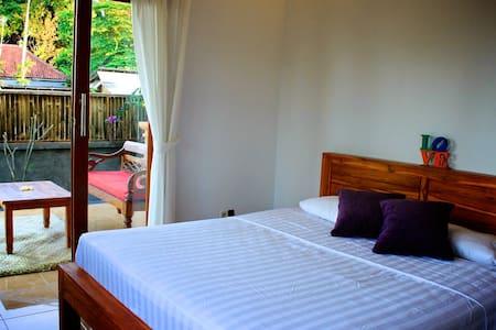Kepik house! Room+private terrace+rice field view - Ubud - House