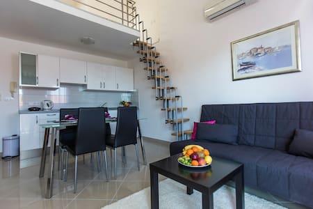 Seaview apartment (200m from beach) - Appartamento