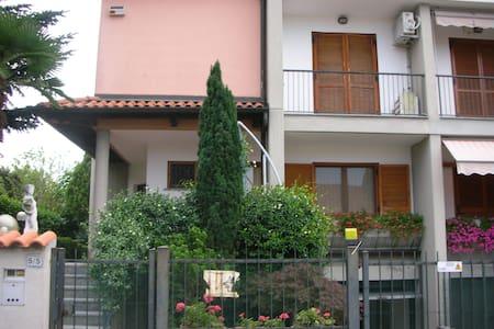 villa signorile a 10 min. da Milano - Robbiano - Casa