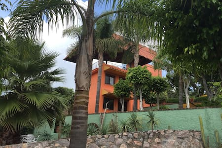 Colorful Casita Ixtapan de la Sal - Ixtapan de la Sal
