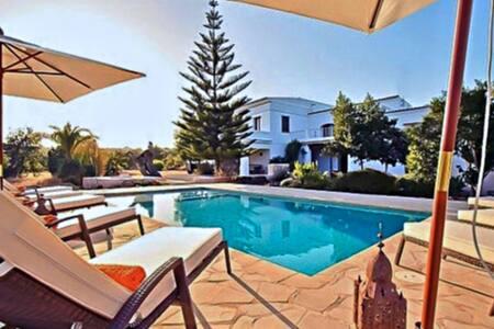 Charming peaceful Villa with Pool - Sant Joan de Labritja - Hus