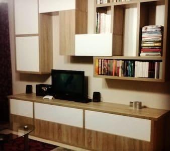 Csongor-Erno Szocs - Appartamento