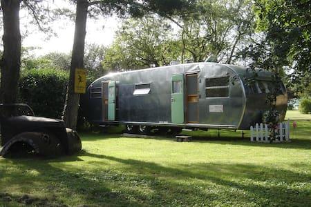 Caravane américaine 1951 - Camper/RV
