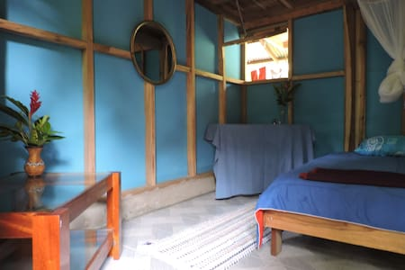 Single room @ lovely local family