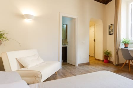 Charming studio in the heart of Rom