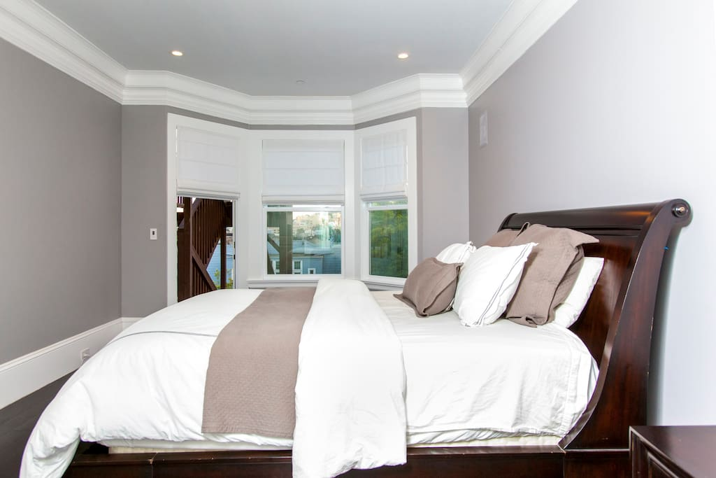 Bay windows in Master Suite look over San Francisco