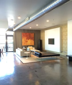 Modern Loft 1850 Square Feet